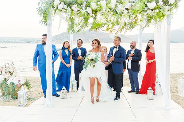 romantic-elegant-wedding-on-the-beach-14x