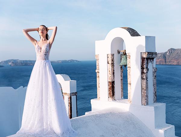 beautiful-shoot-santorini-costantino-wedding-dresses-11
