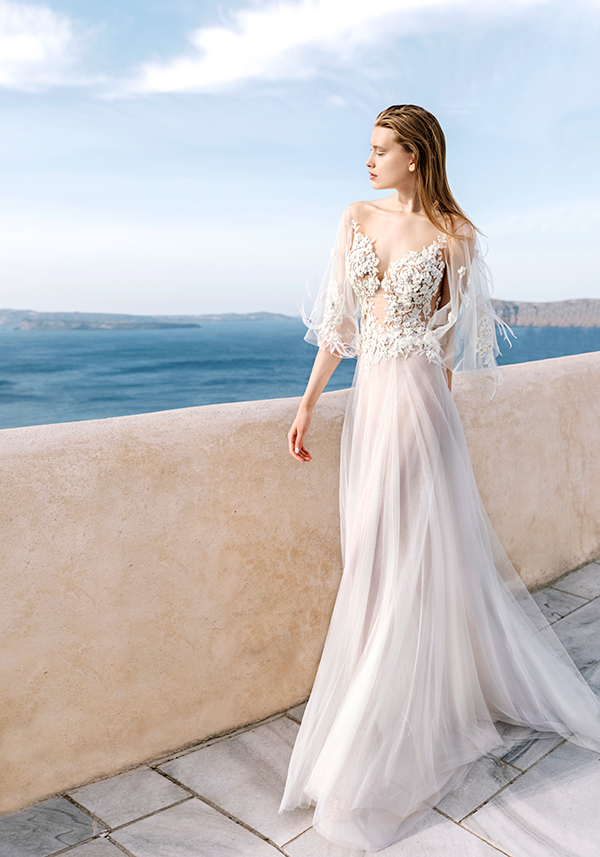 beautiful-shoot-santorini-costantino-wedding-dresses-13