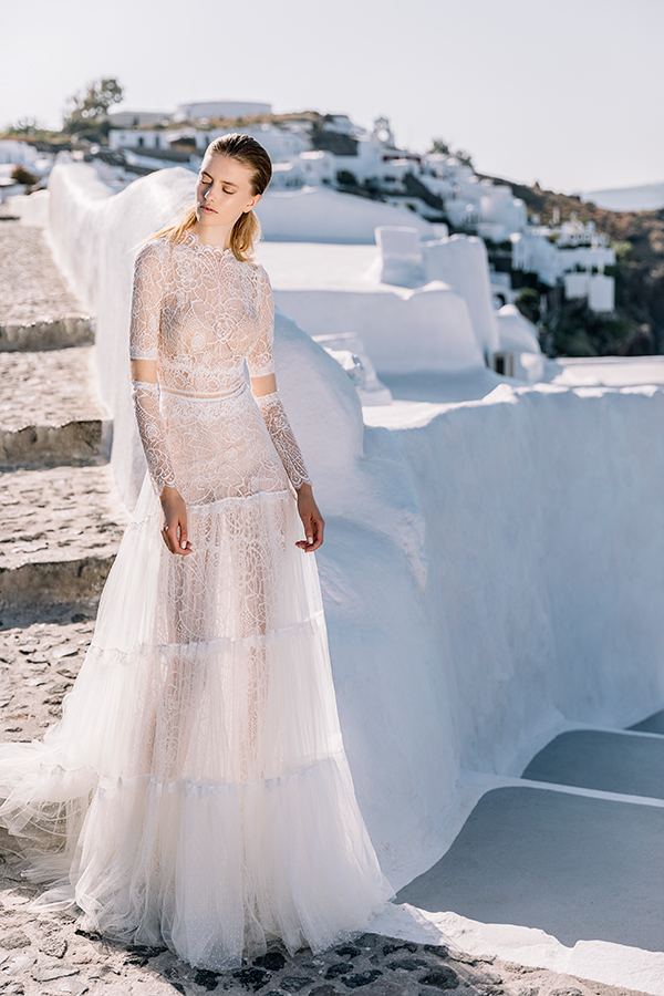 beautiful-shoot-santorini-costantino-wedding-dresses-4