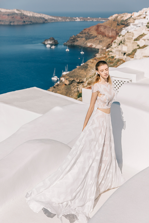 beautiful-shoot-santorini-costantino-wedding-dresses-7x