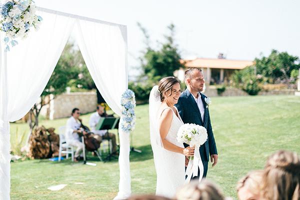 gorgeous-destination-wedding-Crete-13