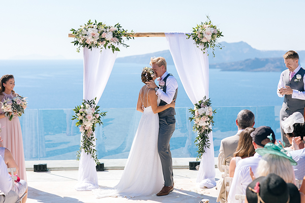gorgeous-wedding-santorini-25