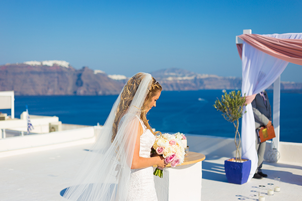 pink-and-gold-wedding-in-santorini-22