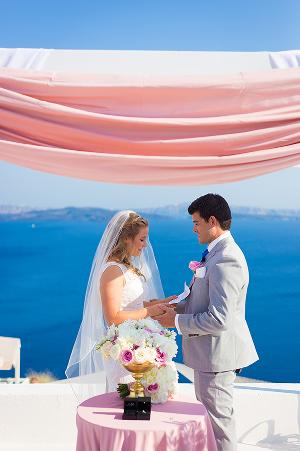 pink-and-gold-wedding-in-santorini-27
