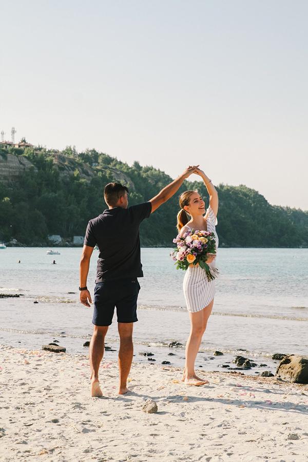 Surprise wedding proposal at the beach | Diana & Horatiu