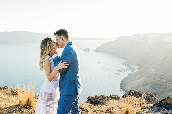 amazing-wedding-proposal-santorini_17.