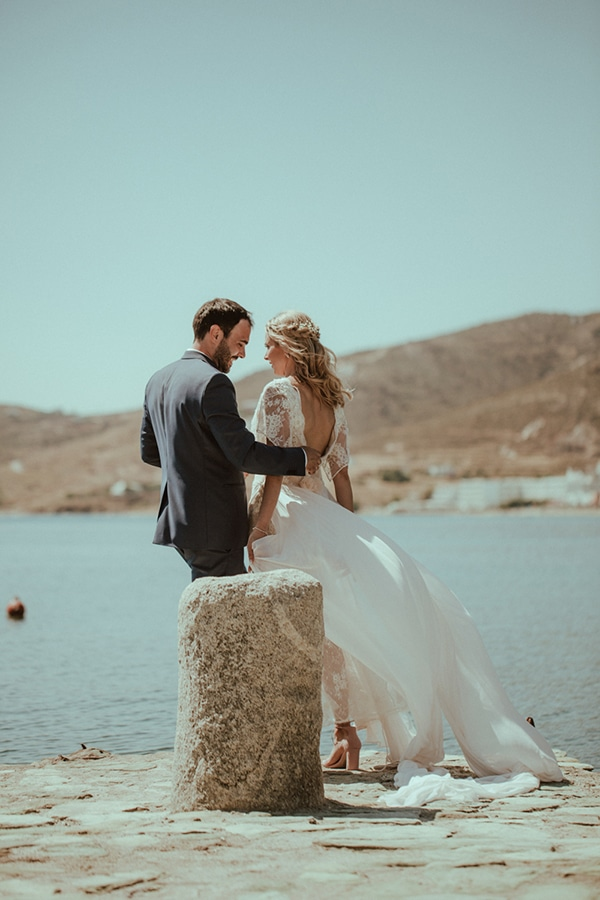 bright-gorgeous-wedding-tinos-island_01.