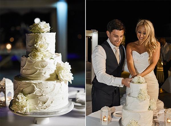 Classy and elegant wedding in Santorini