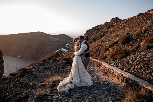 Gorgeous elopement in Santorini | Nicole & Michael
