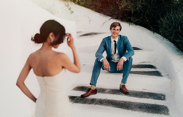 romantic-intimate-wedding-santorini-_04.