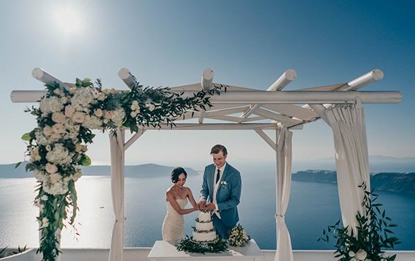 romantic-intimate-wedding-santorini-_17.