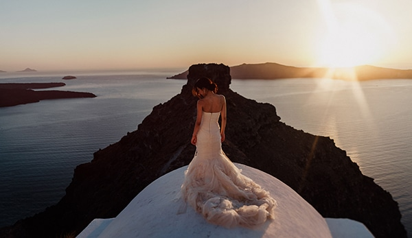 romantic-intimate-wedding-santorini-_20.