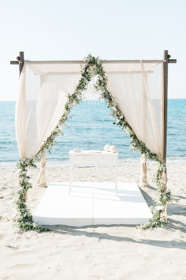 beautiful-beach-wedding-crete_10