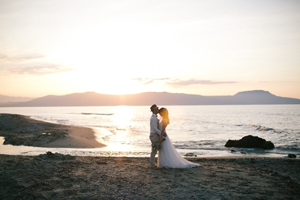 beautiful-beach-wedding-crete_24
