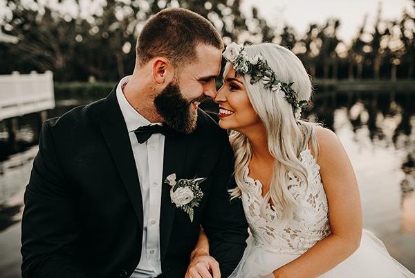 gorgeous-green-white-boho-wedding_01.