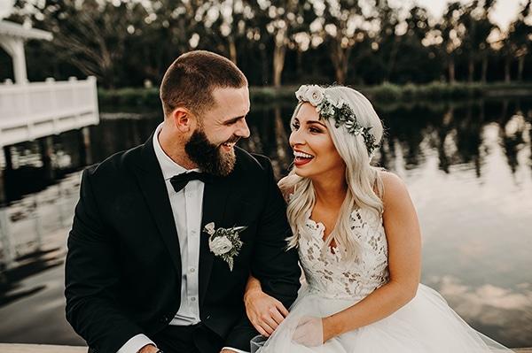 gorgeous-green-white-boho-wedding_04.