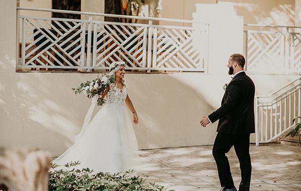 gorgeous-green-white-boho-wedding_17.