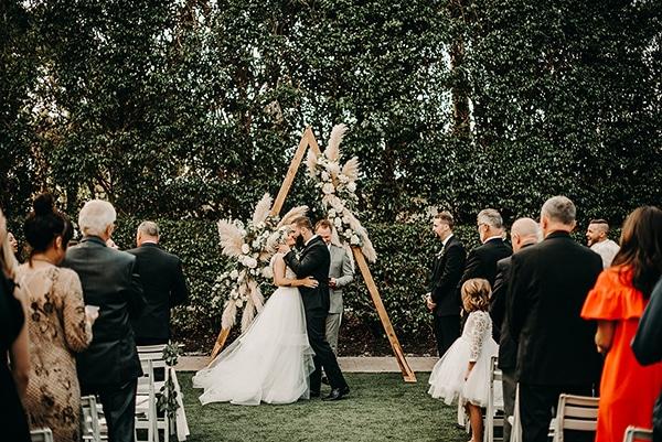 gorgeous-green-white-boho-wedding_26.