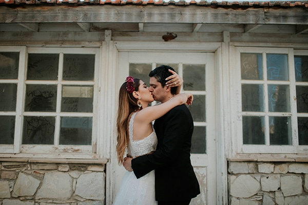 unique-wedding-with-traditional-elements-03