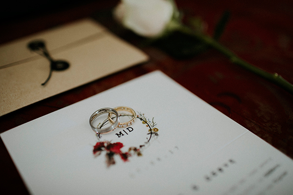 unique-wedding-with-traditional-elements-09
