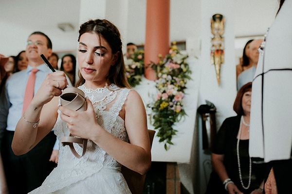 unique-wedding-with-traditional-elements-13