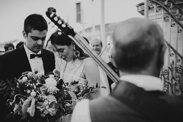 unique-wedding-with-traditional-elements-30x