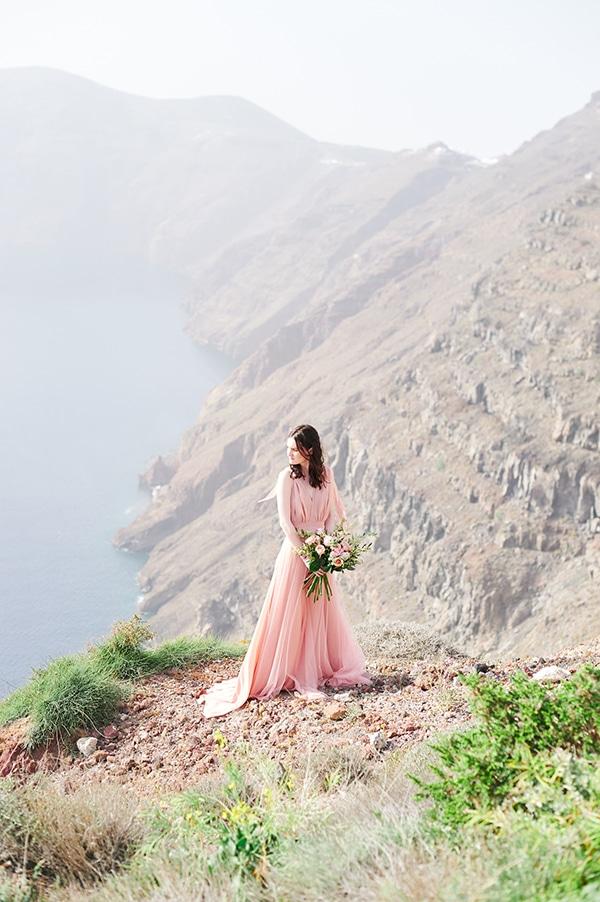 dreamy-photoshoot-light-pink-beige-hues_10