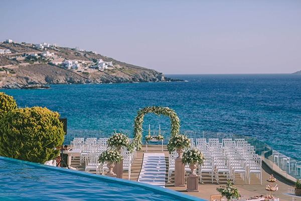 elegant-chic-destination-wedding-mykonos_14