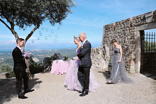 lovely-gothic-styled-wedding-_11