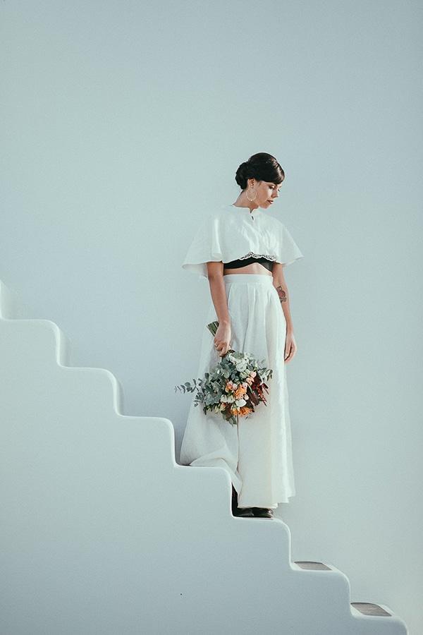 modern-romantic-elopement-santorini-_05