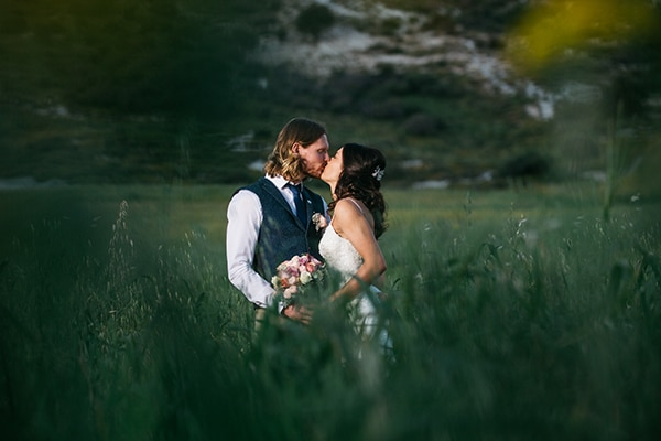 rustic-romantic-cyprus-wedding-_06