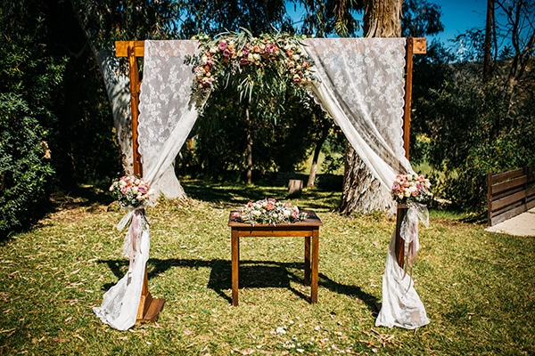 rustic-romantic-cyprus-wedding-_16