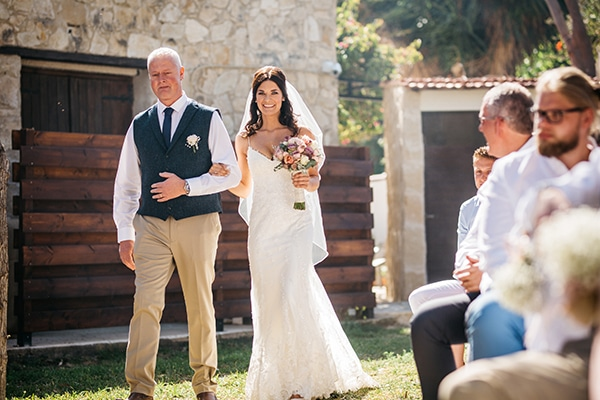 rustic-romantic-cyprus-wedding-_19