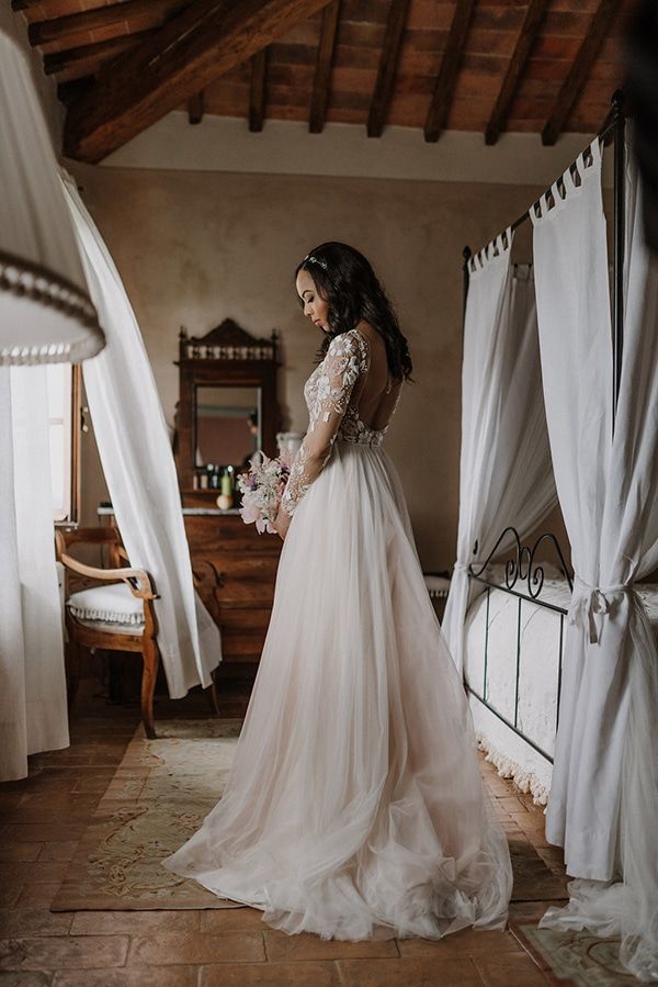 beautiful-wedding-with-olive-leaves_11