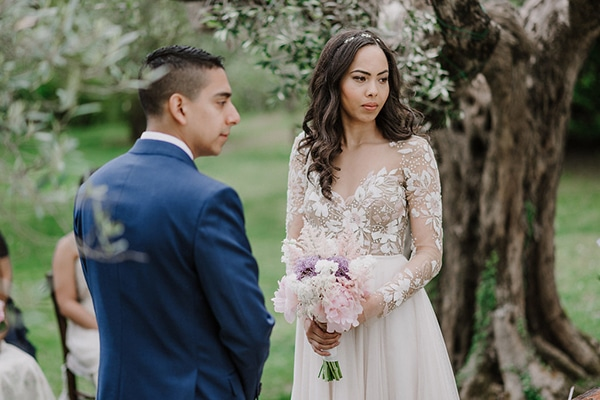 beautiful-wedding-with-olive-leaves_18