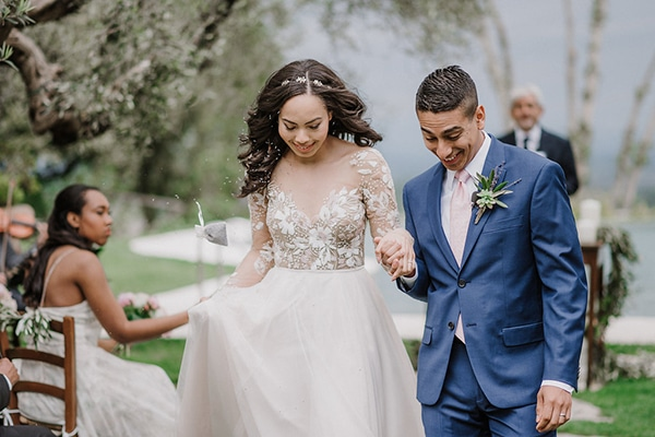 beautiful-wedding-with-olive-leaves_21
