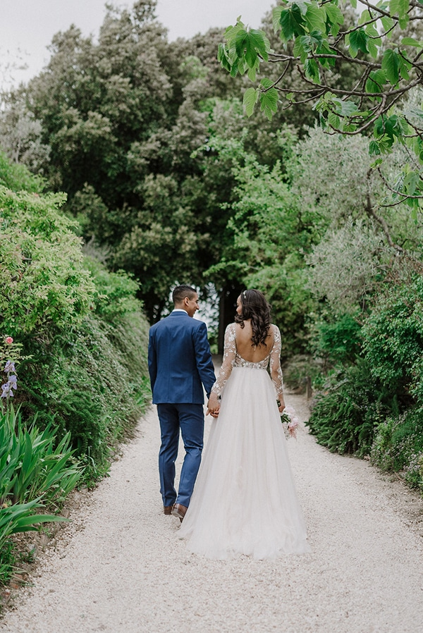 beautiful-wedding-with-olive-leaves_28