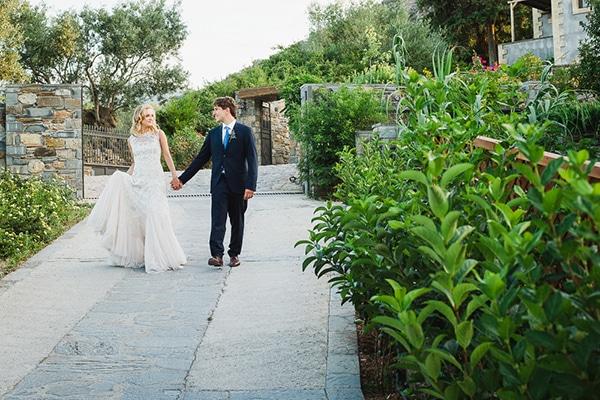 beautiful-white-purple-hues-wedding_32