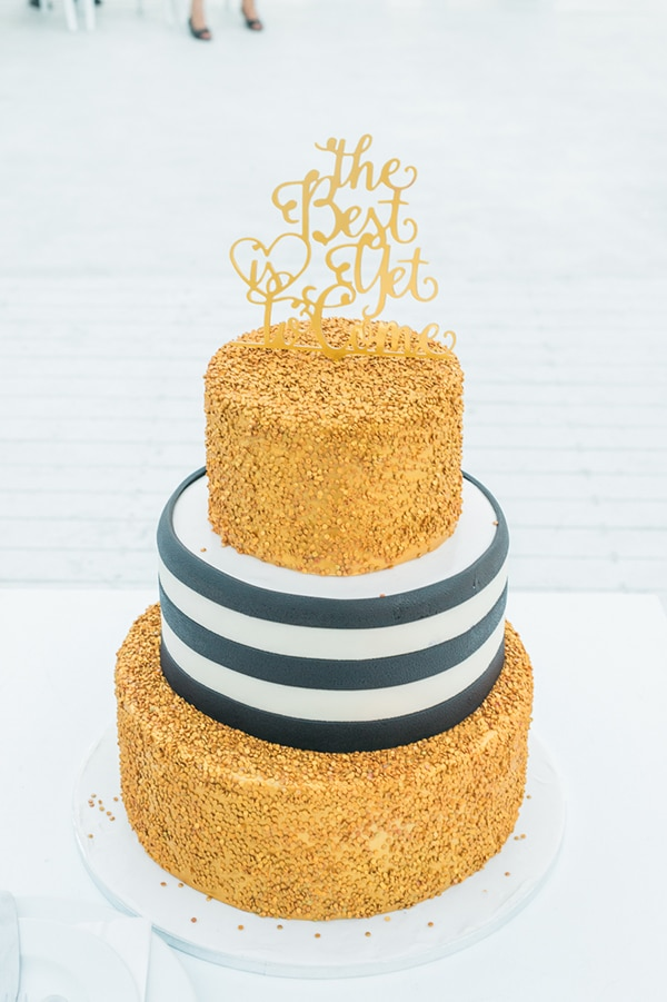 chic-wedding-with-black-white-stripes_15