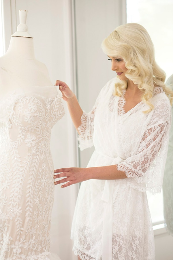 classic-elegant-wedding-white-flowers_07