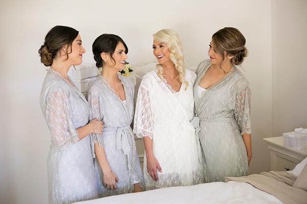 classic-elegant-wedding-white-flowers_08