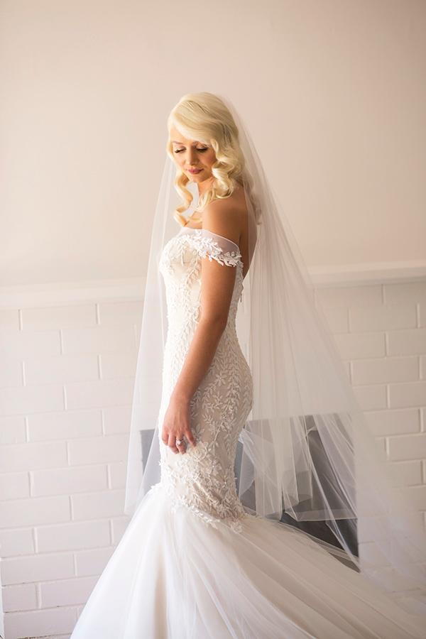 classic-elegant-wedding-white-flowers_14