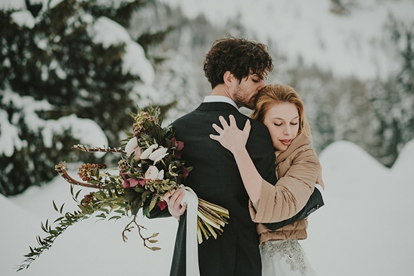 dreamy-elopement-woods_24