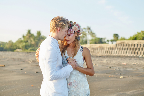 intimate-romantic-elopement-bali_01