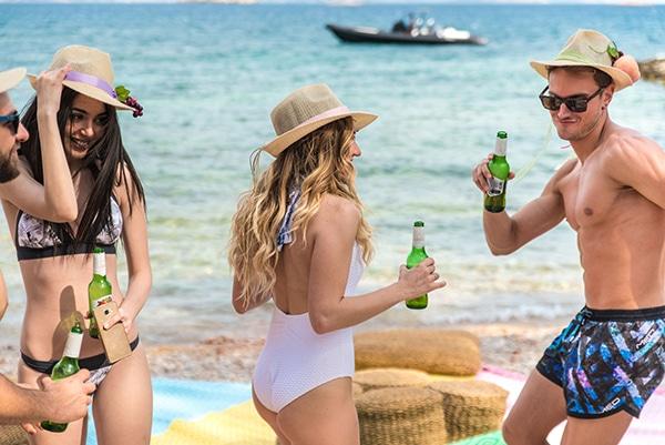 prewedding-beach-party-shoot_27