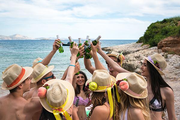 prewedding-beach-party-shoot_28