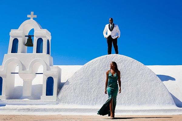 beautiful-prewedding-photoshoot-santorini_03x