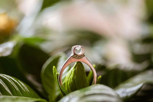 gorgeous-glam-chic-wedding-gold-details_04
