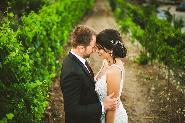 gorgeous-rustic-wedding-mediterranean-elements_01